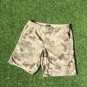 Patagonia Camouflage men's shorts C9